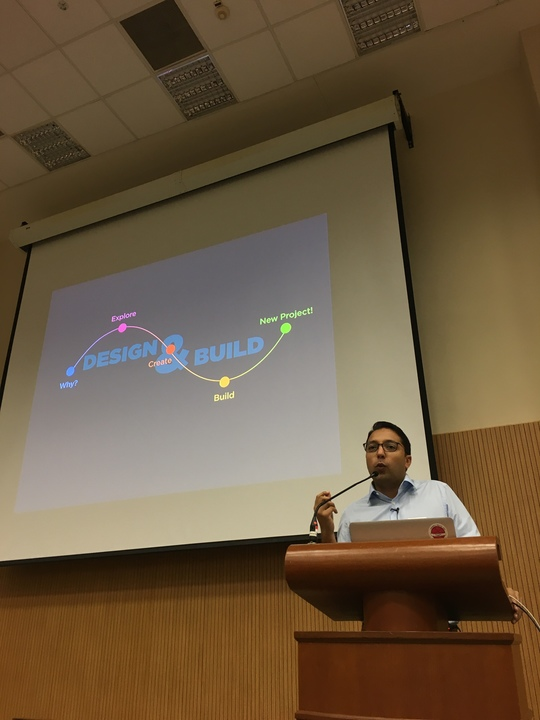Nav Pawera speaking at iOS Conf in Singapore